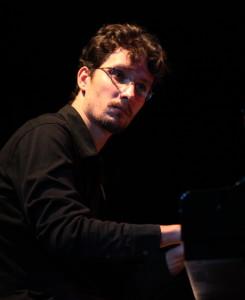 VITOR Piano